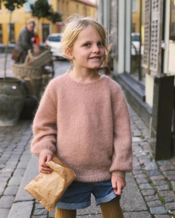 Novice Sweater Junior - Mohair Edition - papirutgave