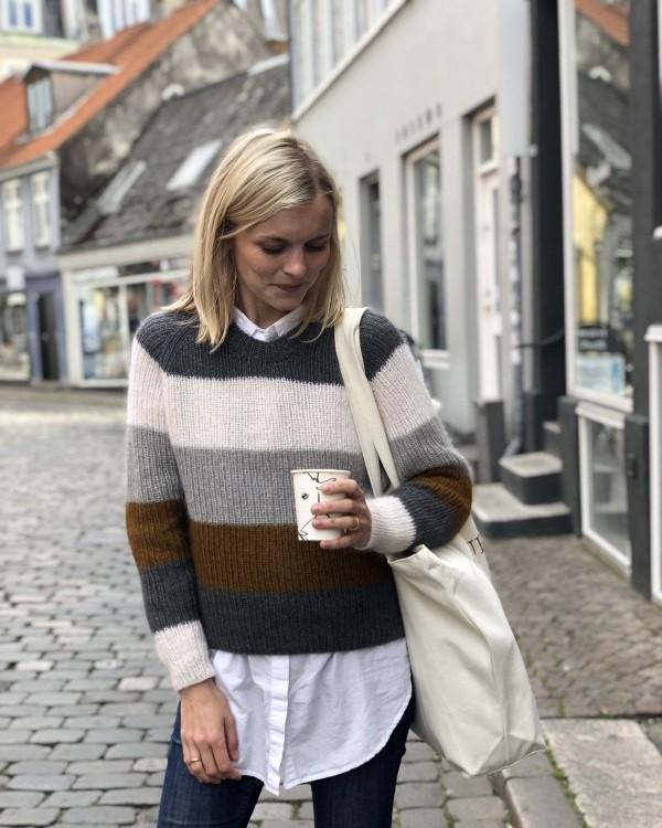 Sekvens sweater - papirutgave